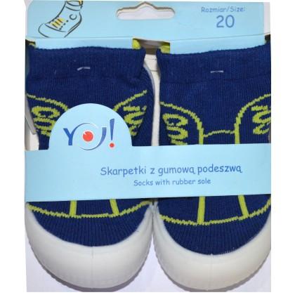 Детски чорапи с гумено ходило код 02.