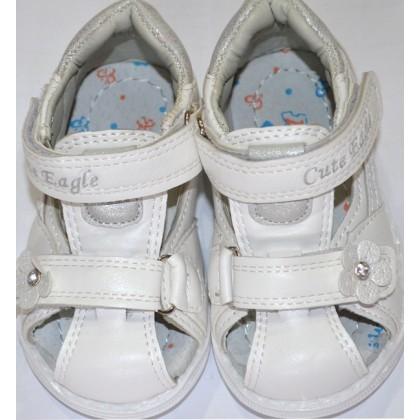 Бели детски сандали 20-25 номер КОД 01.