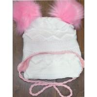 Детски комплект шапка, шал 2-4 години в бяло.